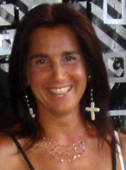 Ellen Hähnel ist administrativer Ansprechpartner der alpha-Service Dienstleistungsgruppe München